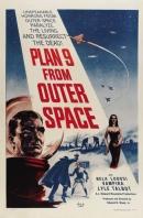 Смотреть фильм План 9 из открытого космоса онлайн на Кинопод бесплатно