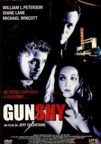 Смотреть Застенчивый пистолет онлайн на Кинопод бесплатно