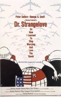 Смотреть Доктор Стрейнджлав, или Как я научился не волноваться и полюбил атомную бомбу онлайн на Кинопод бесплатно