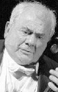 Морис Баке