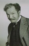 Том Пауэрс