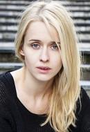 Лиза Хенни