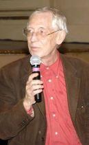Адриано Апра