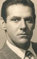 Марио Кабре