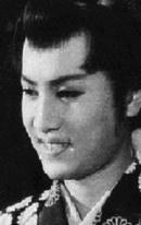 Кинноскэ Накамура