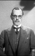 Айвор Барнард
