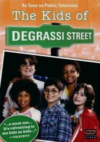 Смотреть Дети с улицы Деграсси онлайн на Кинопод бесплатно